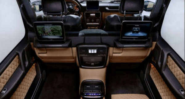 interior Mercedes-Maybach G650 Landaulet